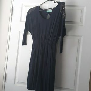 Navy blue dress with pockets